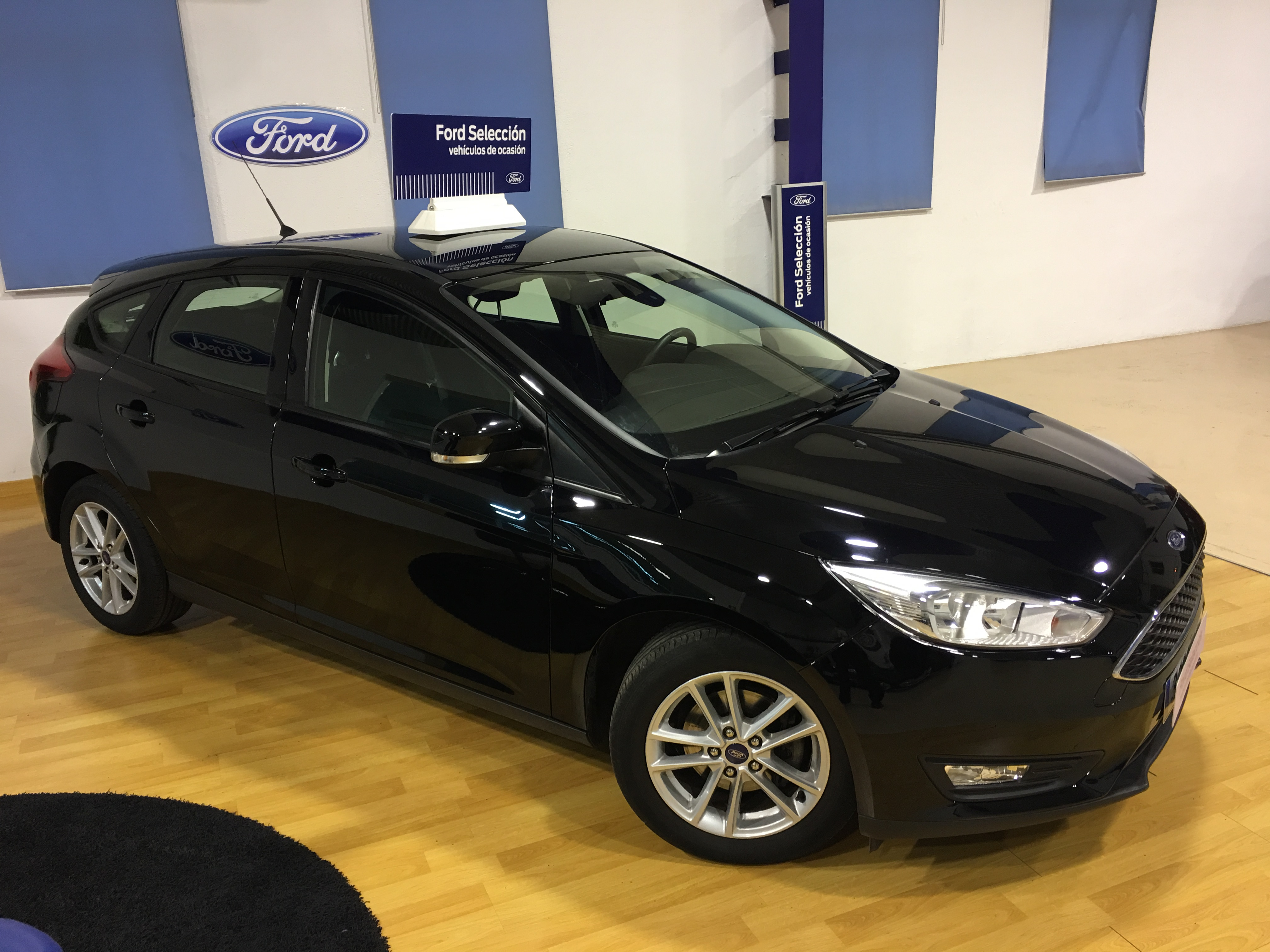 FORD-Focus-Trend 1.0 EcoBoost Auto Start Stop 125CV
