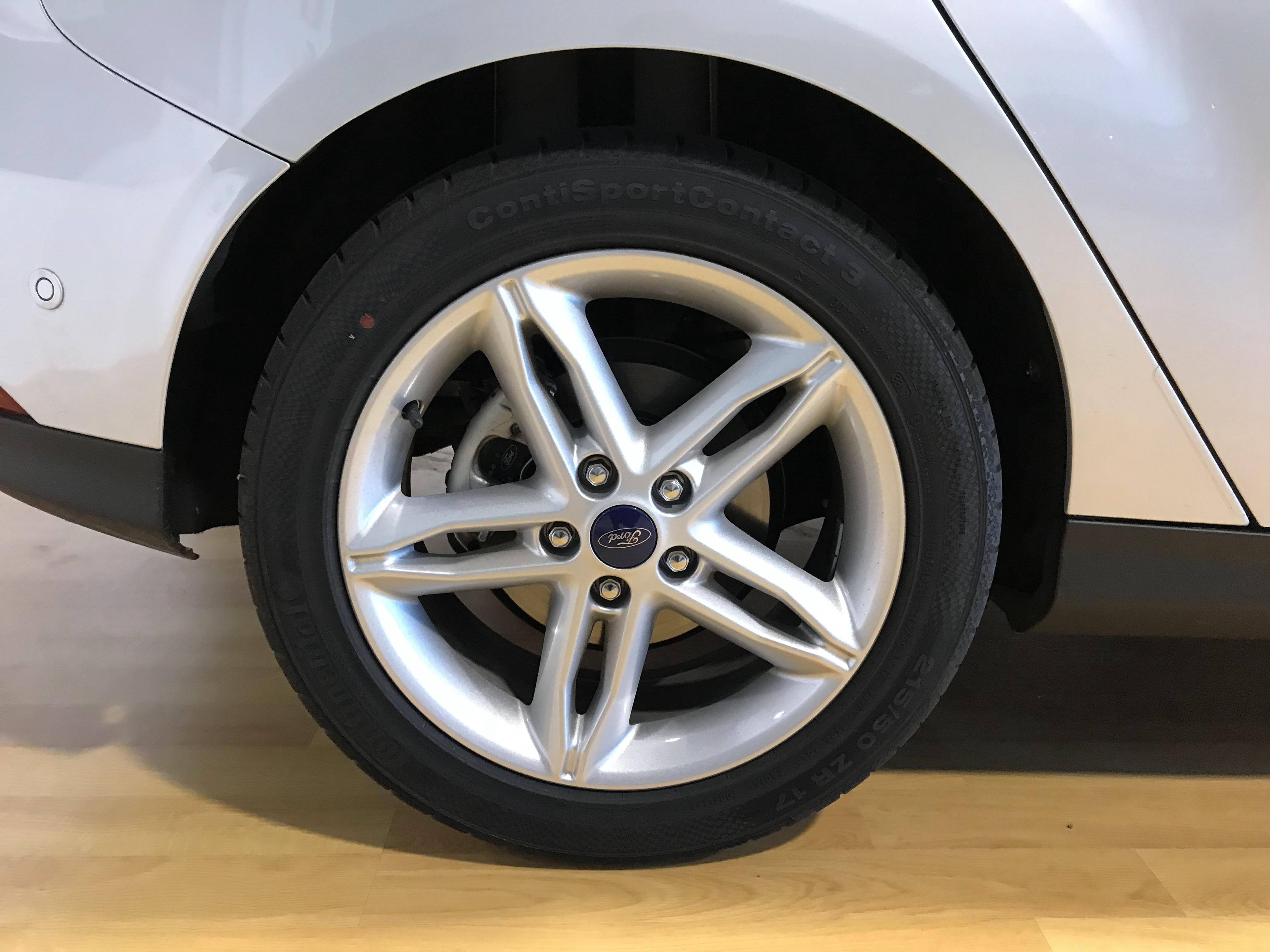 Ford-Focus Titanium -1.0 125CV