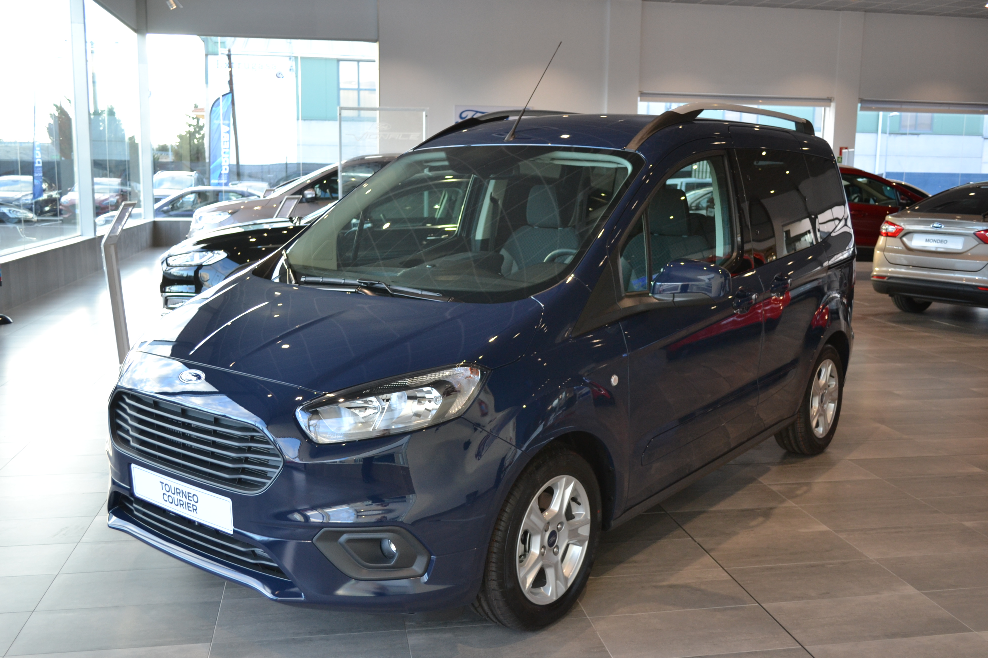 FORD-TOURNEO COURIER-1.0 ECOBOOST