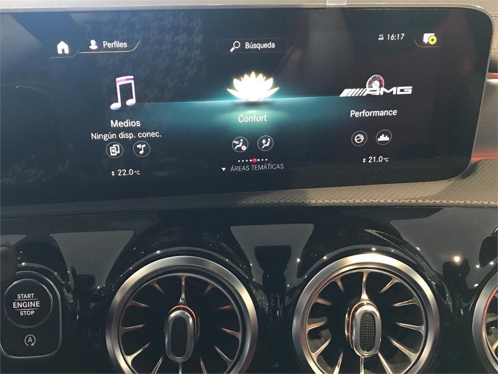 MERCEDES-BENZ Mercedes-AMG  A 35 4MATIC+ en Agro-Tracción Vehículos - Foto 9