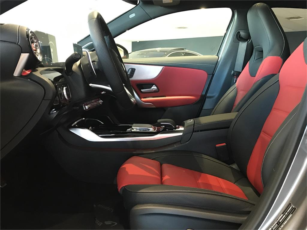 MERCEDES-BENZ Mercedes-AMG  A 35 4MATIC+ en Agro-Tracción Vehículos - Foto 13
