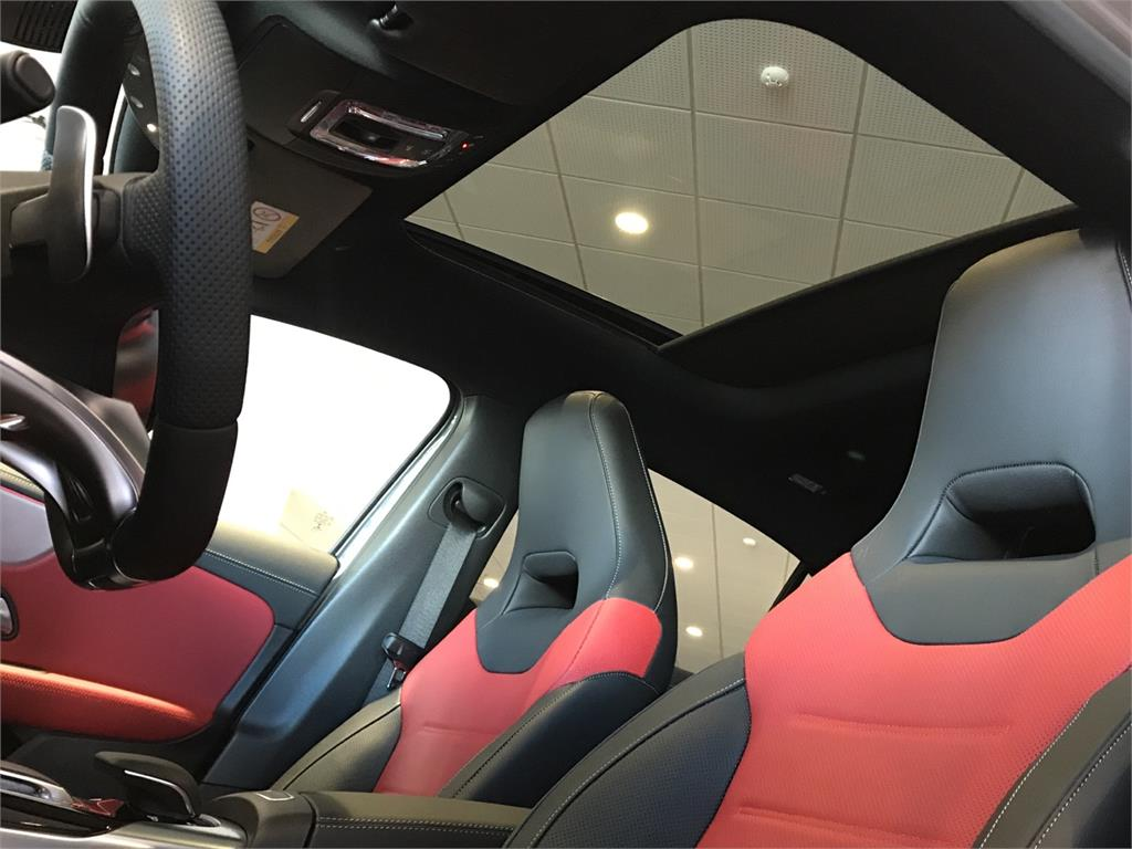 MERCEDES-BENZ Mercedes-AMG  A 35 4MATIC+ en Agro-Tracción Vehículos - Foto 14