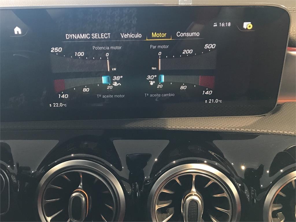 MERCEDES-BENZ Mercedes-AMG  A 35 4MATIC+ en Agro-Tracción Vehículos - Foto 17